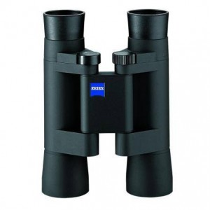 Бинокль Carl Zeiss 10x25 T* Conquest Compact